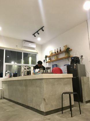 Foto 9 - Interior di Signal Coffee oleh Prido ZH