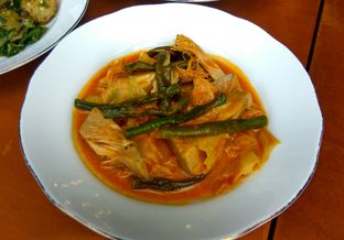 Foto 6 - Makanan(sayur nangka) di Sepiring Padang oleh Renodaneswara @caesarinodswr