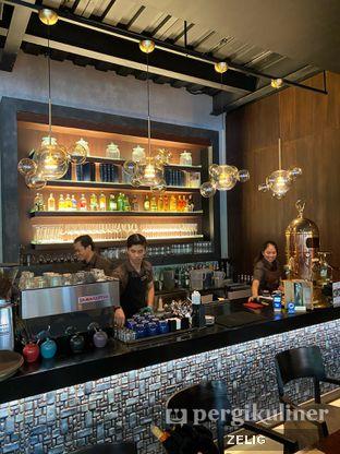 Foto 5 - Interior di Cutt & Grill oleh @teddyzelig