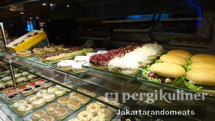 Foto review J.CO Donuts & Coffee oleh Jakartarandomeats 3