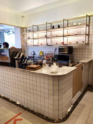 Foto 8 - Interior di Coffeeright oleh Prido ZH