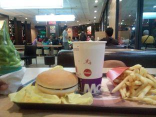 Foto - Makanan di McDonald's oleh achmad yusuf