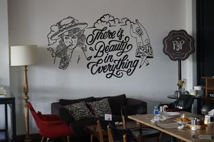 Foto 35 - Interior di PGP Cafe oleh yudistira ishak abrar