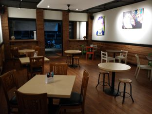 Foto 4 - Interior(sanitize(image.caption)) di Three Sixty Cafe oleh ina1926 (IG)