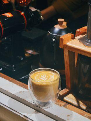 Foto - Makanan(cafe latte ) di Rumah Ronin oleh Desanggi  Ritzky Aditya