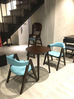Foto 13 - Interior di Dopamine Coffee & Tea oleh Prido ZH