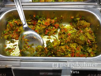 Makanan Khas Manado Halal Non Halal Review Tirta Lie Di