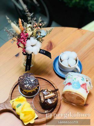 Foto 1 - Makanan di Vallee Neuf Patisserie oleh Sienna Paramitha
