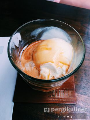 Foto 1 - Makanan(affogato) di Calibre Coffee Roasters oleh @supeririy