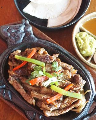 Foto 2 - Makanan di Amigos Bar & Cantina oleh Theodora