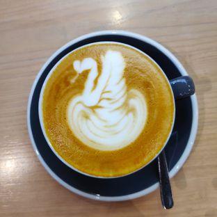 Foto 2 - Makanan(Hot Cappuccino) di Common Grounds oleh melisa_10