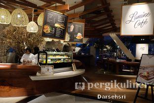 Foto 8 - Interior di Lumine Cafe oleh Darsehsri Handayani
