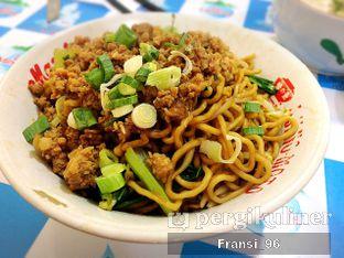 Foto 3 - Makanan di Bakmi Bangka Awat oleh Fransiscus
