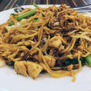 Foto 5 - Makanan(Bakmie Goreng Ayam) di Ta Wan oleh Nindita Larasati