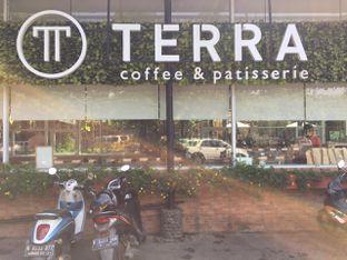 Foto 8 - Interior di Terra Coffee and Patisserie oleh Prido ZH