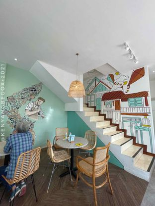 Foto 14 - Interior di Baparapi Kopi oleh Vionna & Tommy