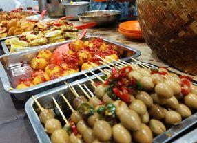 Jelajahi 7 Wisata Kuliner Malam Hari di Jakarta