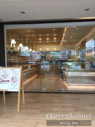 Foto 14 - Interior di Honeybun Bakery & Cake oleh Deasy Lim