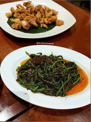 Foto 7 - Makanan(Pakis Ebi) di Live Seafood Cabe Ijo oleh Alvin Johanes