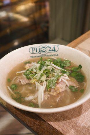 Foto 1 - Makanan di Pho 24 oleh thehandsofcuisine