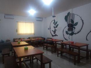 Foto 6 - Interior di Kong Djie Coffee Belitung oleh @kulinerjakartabarat