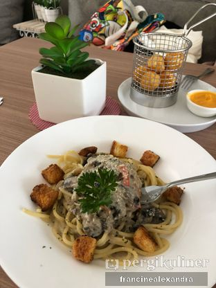 Foto 1 - Makanan di Olive Tree House of Croissants oleh Francine Alexandra