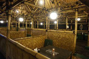Foto 8 - Interior di Kedai Sunda Cipayung oleh yudistira ishak abrar