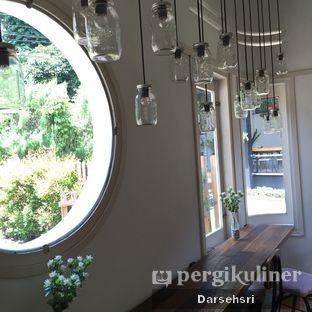 Foto 4 - Interior di Kuki Store & Cafe oleh Darsehsri Handayani