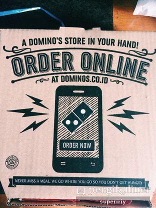 Foto 2 - Makanan di Domino's Pizza oleh @supeririy