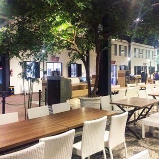 Foto review Bandar Djakarta oleh Yulia Amanda 2