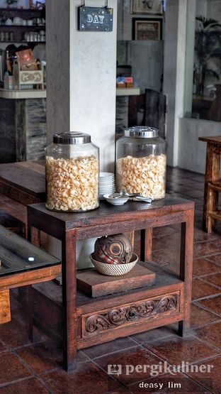 Foto 1 - Interior di Waroeng Kelapa oleh Deasy Lim