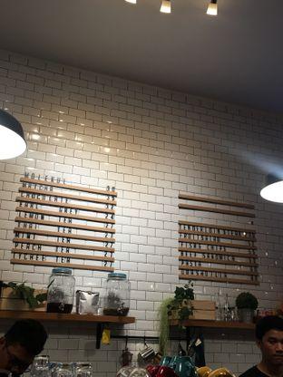 Foto 8 - Interior di Dimitree Coffee & Eatery oleh RI 347 | Rihana & Ismail
