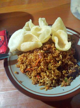 Foto 1 - Makanan di Nasi Goreng Pak De oleh Rachmat Kartono