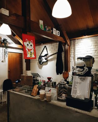 Foto 10 - Interior di Ssst Coffee oleh Eat and Leisure