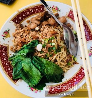 Foto - Makanan(Mie Ayam) di Mie Pinangsia oleh Vicky @vickyaph