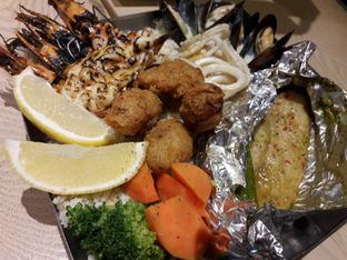 Foto review The Manhattan Fish Market oleh Anderson H. 1