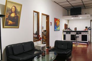 Foto 9 - Interior di Black Butler Cafe - Hotel Sanira oleh Novita Purnamasari