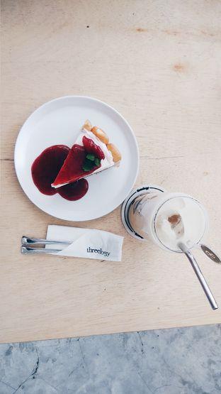 Foto 5 - Makanan di Threelogy Coffee oleh andin sputri
