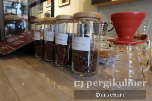 Foto 7 - Interior di DuaTujuLapan Coffee oleh Darsehsri Handayani