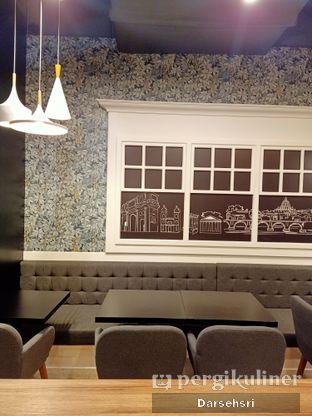 Foto 4 - Interior di Aroma Gelato oleh Darsehsri Handayani