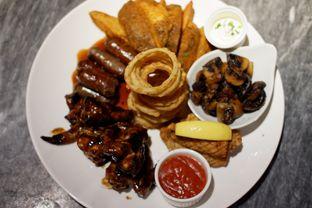 Foto 7 - Makanan(Hurricanes Sampler) di Hurricane's Grill oleh Chrisilya Thoeng