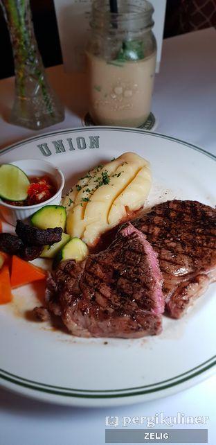 Foto 6 - Makanan di Union oleh @teddyzelig