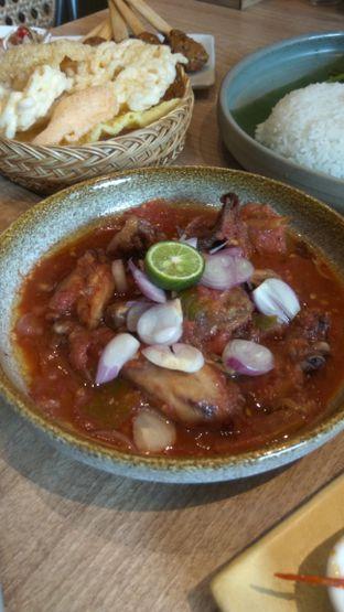 Foto 13 - Makanan(Ayam Bakar Taliwang (IDR 88k)) di Taliwang Bali oleh Renodaneswara @caesarinodswr