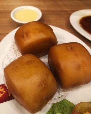 Foto 2 - Makanan(Crispy mantao bread with condensed milk) di Wee Nam Kee oleh Claudia @claudisfoodjournal
