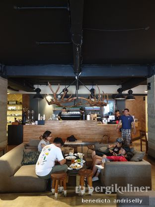 Foto 3 - Interior di Crematology Coffee Roasters oleh ig: @andriselly