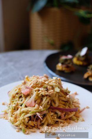 Foto 4 - Makanan di Akar Restaurant and Bar oleh Darsehsri Handayani