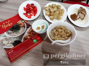 Foto 3 - Makanan di Bubur Hioko oleh Tirta Lie