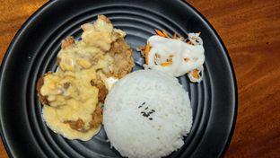 Foto 1 - Makanan(Chicken Karaage Salted Egg) di Mango & Me oleh Komentator Isenk