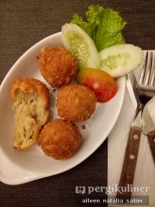 Foto 3 - Makanan di Papa & Mama Bistro and Coffee oleh @NonikJajan