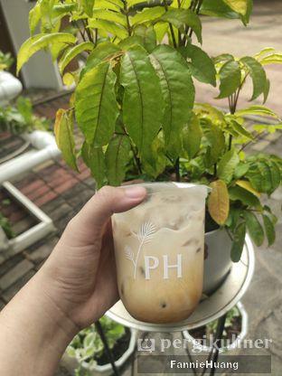 Foto 1 - Makanan di Phyllo Coffee oleh Fannie Huang||@fannie599